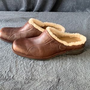 UGG Mules Clogs Australian Brown Leather